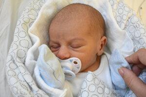 Dominik Sebastián Mucha (2630 g, 47 cm) sa narodil 1. decembra Nikole a Jozefovi z Dubnice nad Váhom.