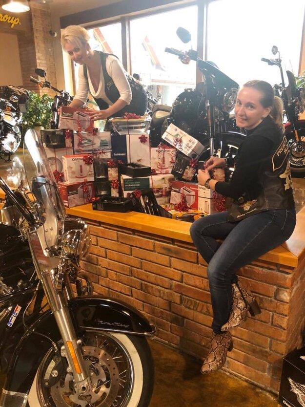 Dievčatá z NO HOG Chapter Prešov Slovakia - Ladies of Harley