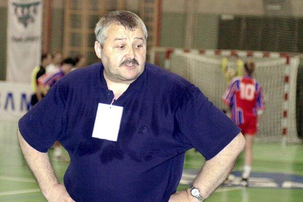 Tréner Tomáš Kuťka na snímke z roku 2001.