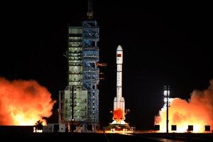 Prvý štart rakety Dlhý pochod 5 v roku 2016.