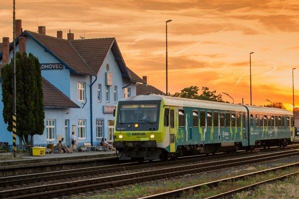 Vlakové spojenie Nitra - Praha je pozastavené.