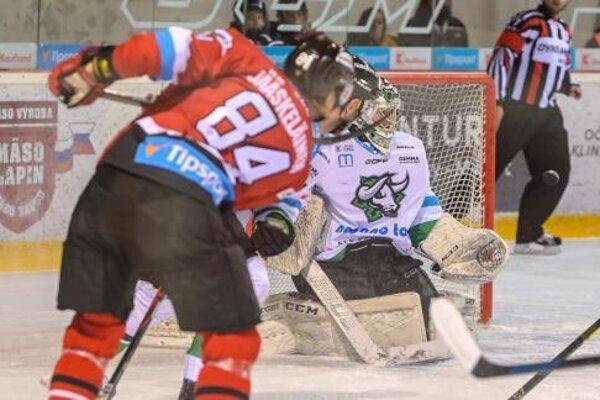 Jednu z príležitostí v zápase spálil fínsky legionár v drese B. Bystrice Joona Jääskeläinen