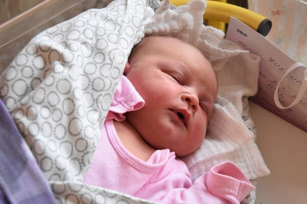 Zuzana sa narodila 2. januára o 11.55 hodine v trenčianskej pôrodnici mamičke Kataríne.