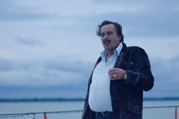Jozef Vajda vo filme Sviňa.