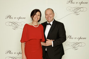 Matthias Settele, generálny riaditeľ Televízie Markíza s partnerkou Gerdou