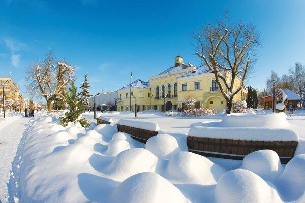 Michalovce v zime.