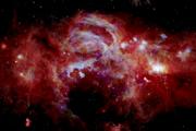 Panoráma stredu Mliečnej cesty v infračervenom spektre.