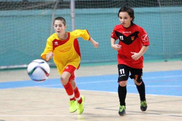Aj mladí futbalisti budú mať svoje šampionáty v hale.