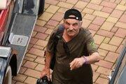 Fotoaparát vruke aúsmev, to bol jednoducho Milan Čimbora.