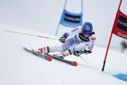 Petra Vlhová počas 1. kola obrovského slalomu Svetového aplského pohára vo francúzskom stredisku Courchevel.