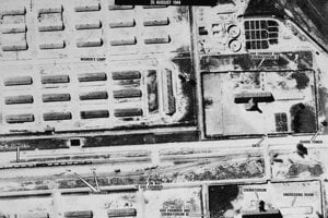 Letecká snímka Auschwitz-Birkenau vytvorená americkým letectvom.