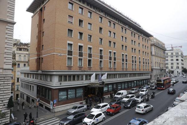 Palatino Grand Hotel v Ríme v ktorom na koronavírus pozitívne testovali dvoch čínskych turistov.