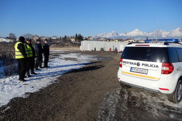 Popradskí mestskí policajti.