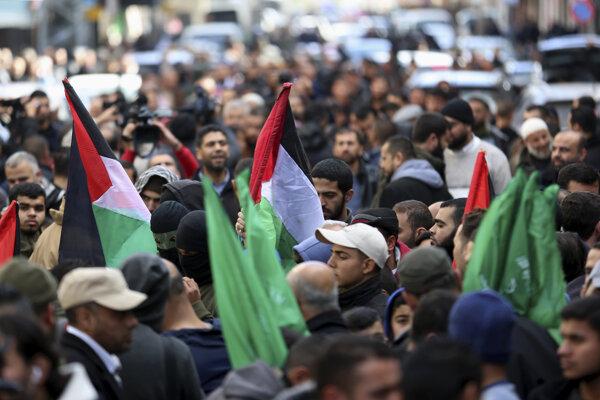 Protest proti mierovému plánu v Gaze.