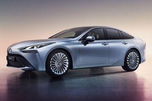Japonská automobilka Toyota uvedie v druhom polroku druhú generáciu elektromobilu Mirai s vylepšenými palivovými článkami.