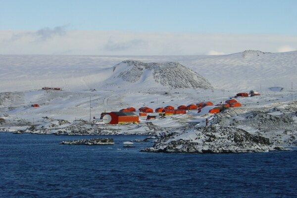 Na argentínskej základni Esperanza namerali novú najvyššiu dennú teplotu 18,3 stupňa Celzia.
