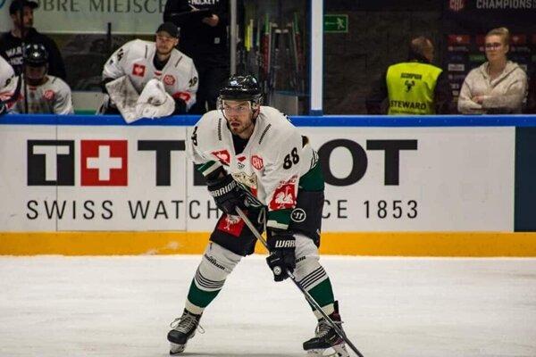 Peter Novajovský je hráčom poľského GKS Tychy.