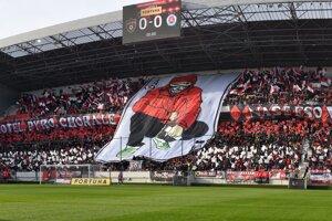 Momentky zo zápasu Spartak Trnava - Slovan Bratislava.