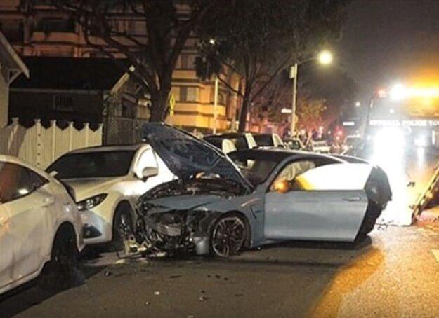 Zničené BMW M4 po nehode.