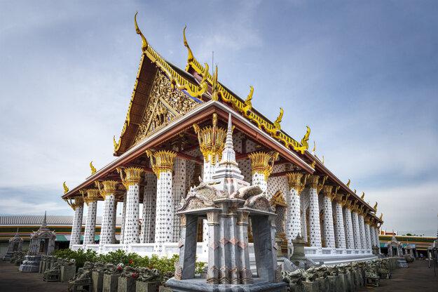 Nádherný chrám v Bangkoku
