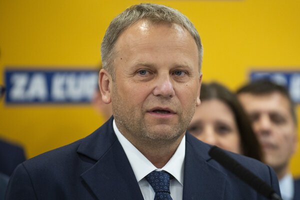 Vladimír Ledecký.