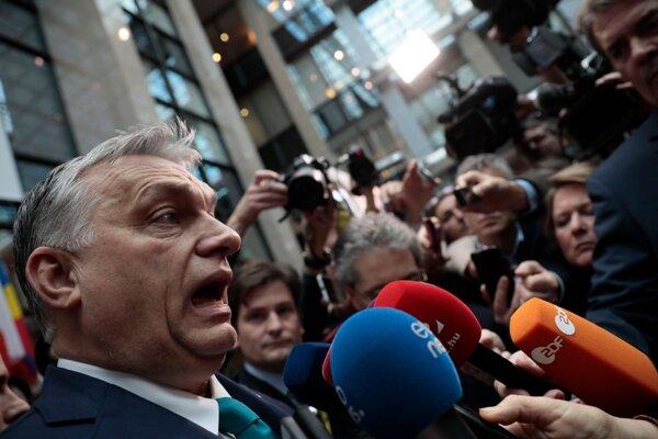 Maďarský premiér Viktor Orbán počas brífingu v rámci mimoriadneho rozpočtového summitu EÚ v sídle Európskej rady v Bruseli 21. februára 2020.