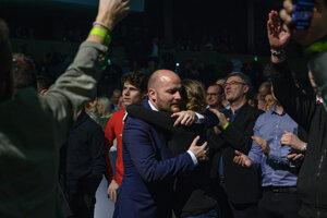 Voľby 2020: Jaroslav Naď reaguje na predbežné neoficiálne výsledky vo volebnej centrále strany.