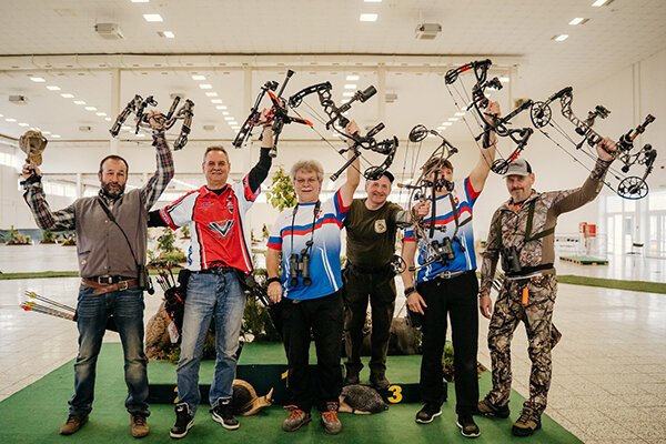 Členovia klubu LOVEC Povina na majstrovstvách Slovenska.