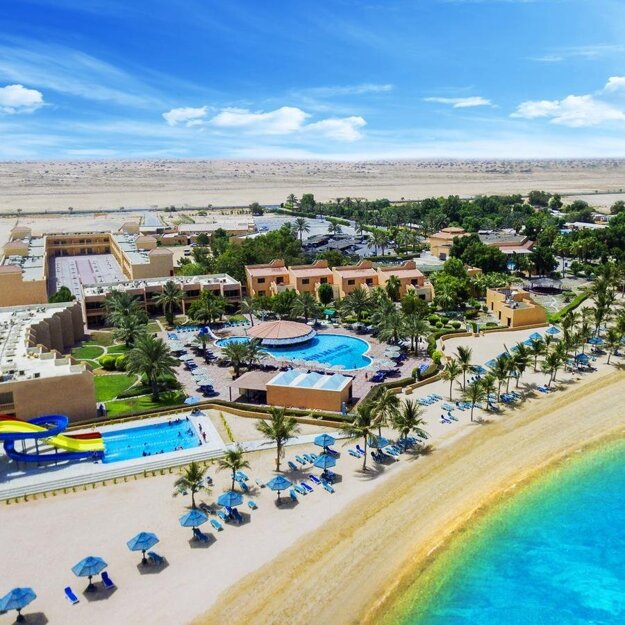HotelBM Beach Resort Ras al Khaimah 4*