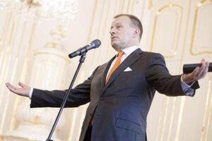 Voľby 2020: Predseda hnutia Sme rodina Boris Kollár počas brífingu po jeho prijatí prezidentkou SR v Prezidentskom paláci.