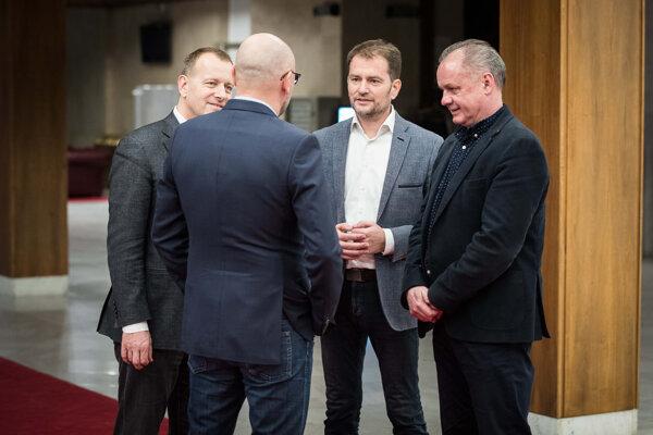Richard Sulík, Boris Kollár, Igor Matovič a Andrej Kiska po prvom stretnutí v rámci rokovaní o budúcej koalícii.