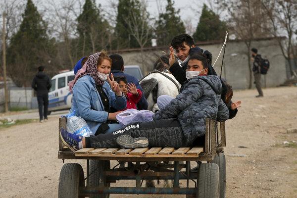 Utečenci na hraniciach medzi Tureckom a Gréckom.