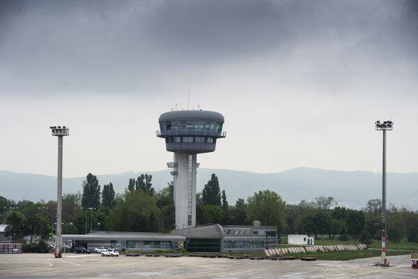 Letisko M. R. Štefánika.