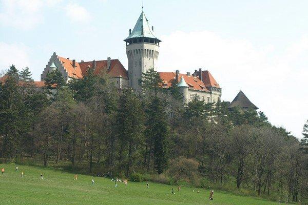 Zámok a priľahlý park sú vyhľadávaným miestom pre odpočinok.