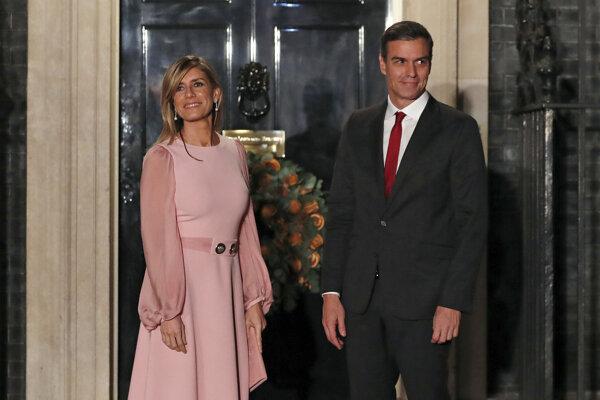 Pedro Sánchez s manželkou Begonou Gómezovou.
