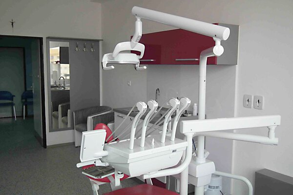 Župa zriadila pohotovostnú zubnú ambulanciu.