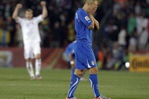 Je hotovo, Taliani smútia, Slováci sa radujú.