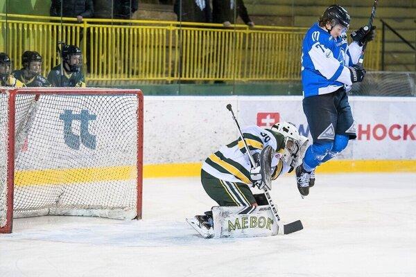Hokejisti aktuálne veľmi vyskakovať nemôžu.