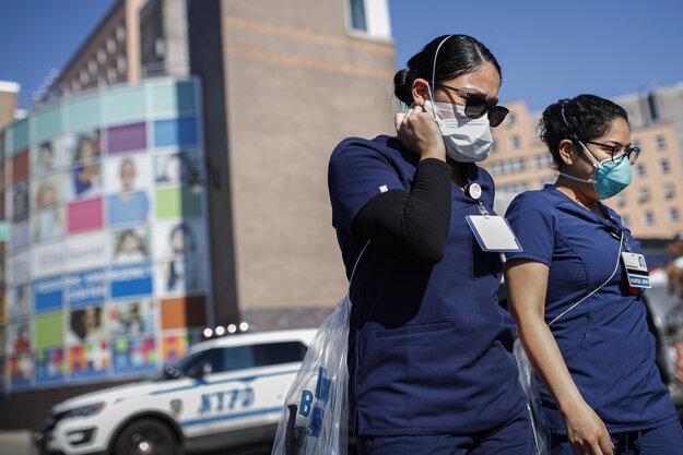 Zdravotníci v New Yorku.