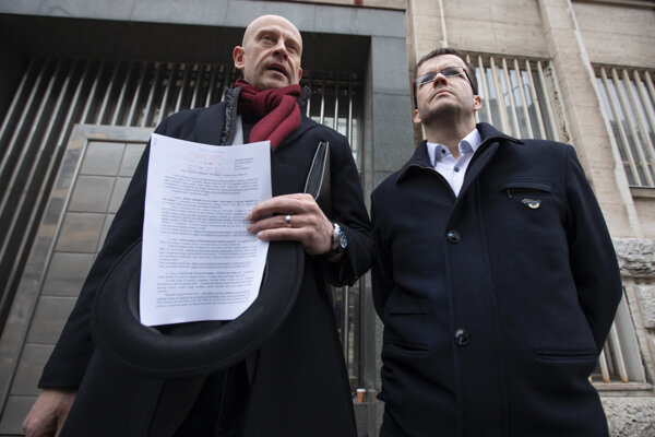Podpredseda OKS a predseda Programovej rady OKS Juraj Petrovič a kandidát za stranu SAS Radovan Kazda.
