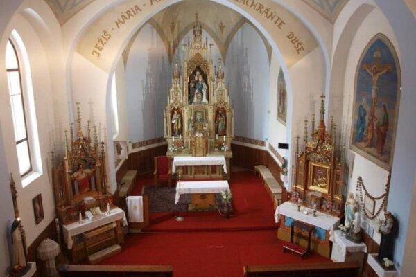 Kostol Ružencovej Panny Márie v Obišovciach.