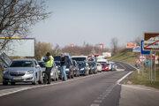 Kolóny na vstupe do Bratislavy.