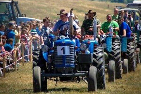 Traktoristi si zmerali sily vo viacerých disciplínach.