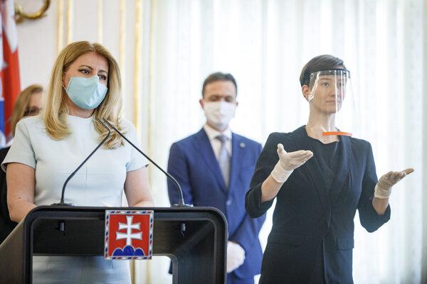Prezidentka SR Zuzana Čaputová (vľavo).