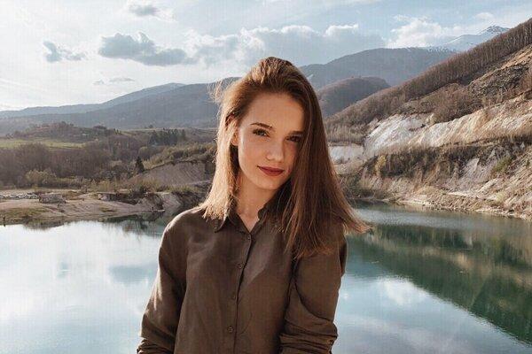Aj Lucia Jesenská z Vrútok sa uchádza o korunku krásy.