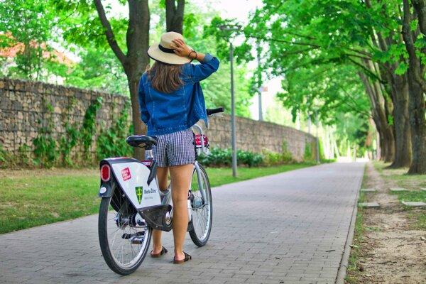 Na spustenie systému verejných bicyklov ešte nie je vhodná doba.