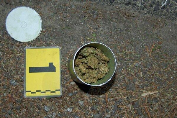 Zadržaná marihuana by stačila na 134 dávok.