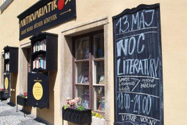 Na Noc literatúry 13. mája pozýva banskoštiavnický Antikvariátik.
