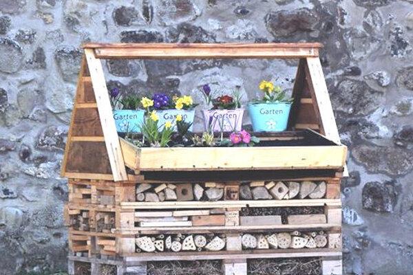 Hotel pre hmyz a včely.