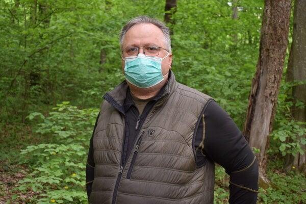 Jaroslav Dutko je presvedčený o tom, že útočiaci srnec bol chovaný v zajatí.